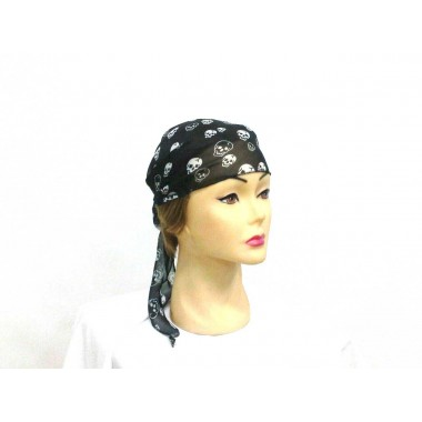 Бандана Пірата ( чорна з черепами)