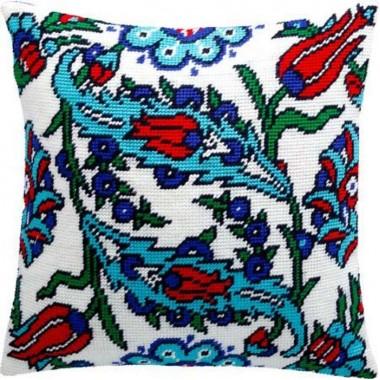 """Подушка V-146 """"Турецькі квіти"""" Набір для вишивки нитками"""
